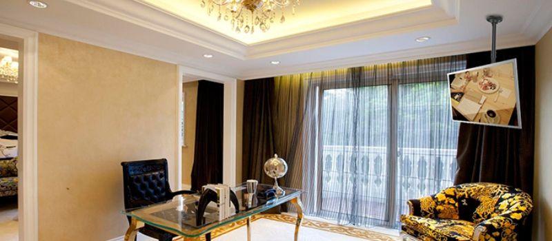 خرید براکت تلویزیون سقفی با قیمت مناسب برند ال سی دی آرم راه حل های کاربردی برای استفاده بهینه از فضای داخلی